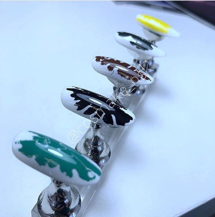 63 Фольга переводная для дизайна ногтей Cosmake Зеленая матовая 1 метр