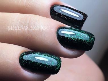 0111 Гель-лак с липким слоем 11мл Cosmake Зеленый с цветными блестками
